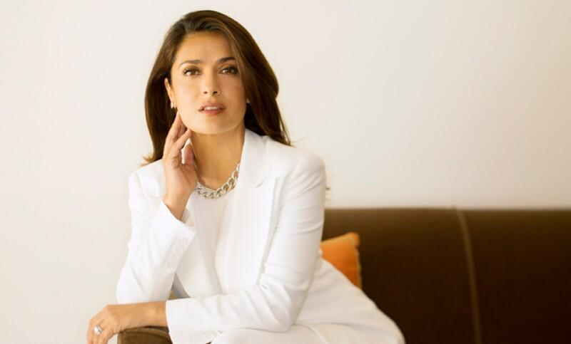 Salma tiene muy clara la diferencia entre ser una mujer empoderada y una feminista, y también sabe perfecto quiénes son las mujeres que le inspiran y le dan esperanza.