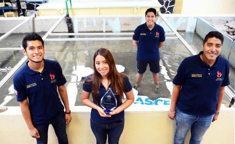 Alumnos UNAM - Facultad de Ingeniería
