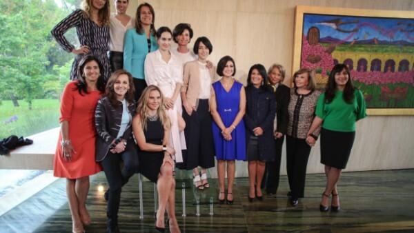 """Después de dos años de trabajo, Gaby Vargas y su hija, Carla González Vargas, en compañía de Lorena Guillé, directora de Fundación Cinépolis, presentaron el documental """"Alivio""""."""