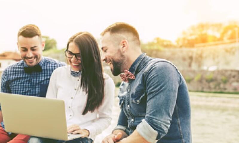 Es ideal que un millennial ahorre 10% de su salario anual para el retiro. (Foto: Shutterstock )