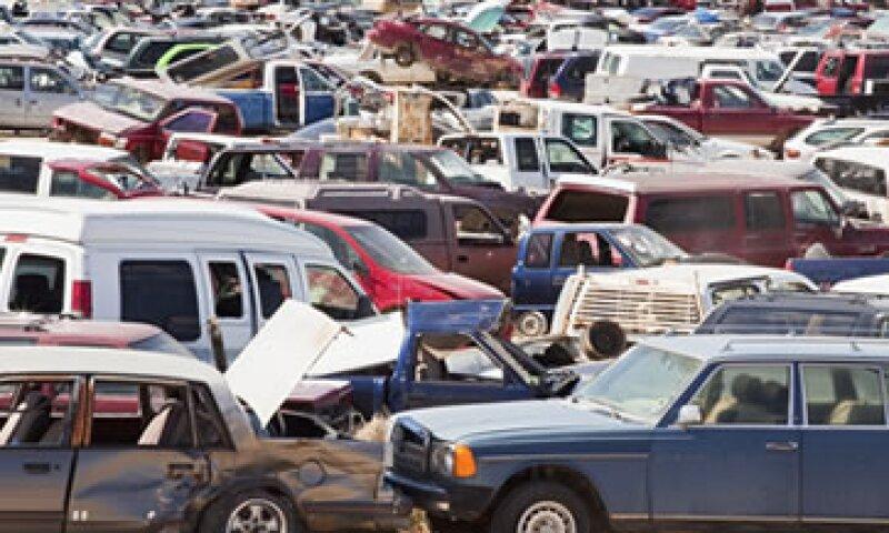 Las refacciones robadas en su mayoría provienen de vehículos de marcas americanas como Chrysler y Ford. (Foto: Getty Images)