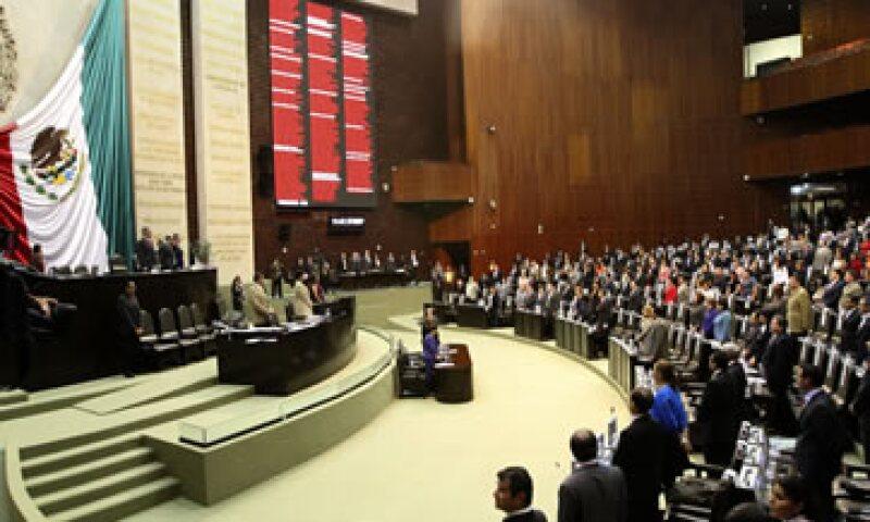 La propuesta considera un gasto programable del sector público de 3.1 billones de pesos. (Foto: Notimex)