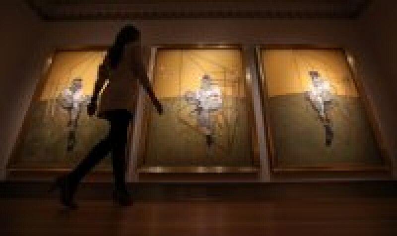 El tríptico Tres Estudios de Lucian Freud, del pintor Francis Bacon, fue vendido por 142.2 mdd. (Foto: Getty Images)