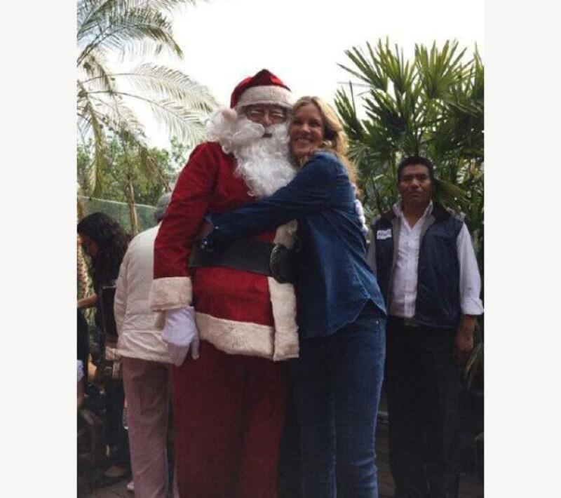 Santa también fue el invitado especial de la posada.