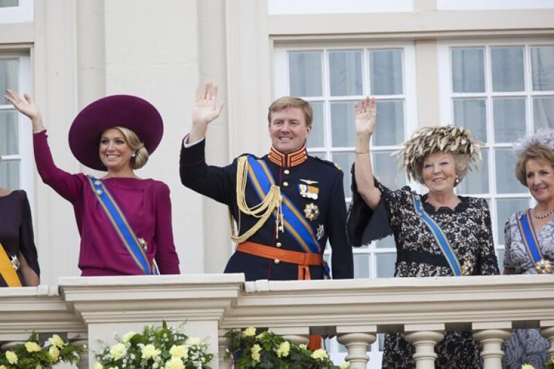 La tarde de este lunes la monarca emitió a la nación un emotivo mensaje en el que agradeció a su pueblo y reconoció que su hijo y su esposa Máxima están preparados para tomar la Corona.