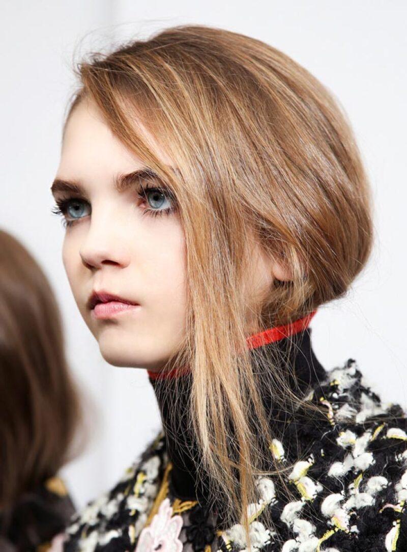 La joven modelo trabaja con marcas como Chanel y Alexander Wang.