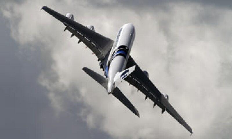 La empresa conjunta suministraría una amplia gama de productos, desde aviones comerciales hasta aviones caza. (Foto: AP)