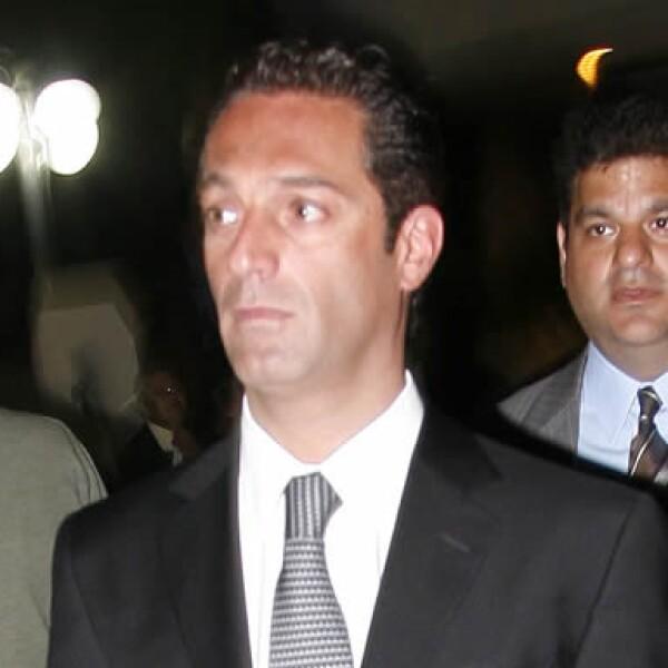 El empresario Carlos Slim Domit acompañó a la familia Martí en la misa celebrada en la Parroquia de la Santa Cruz en el Pedregal.