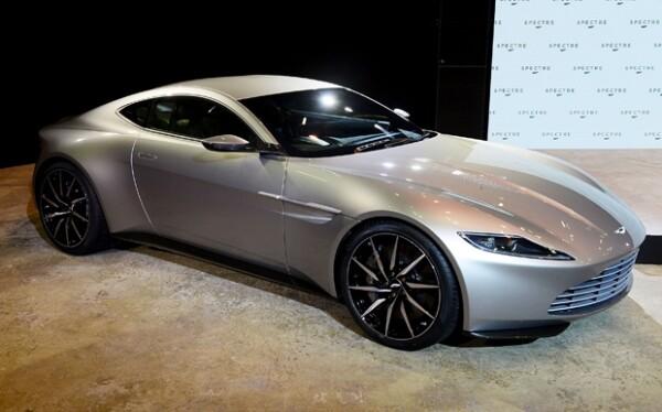 James Bond tendrá un automóvil mejorado, el Aston Martin DB 10.