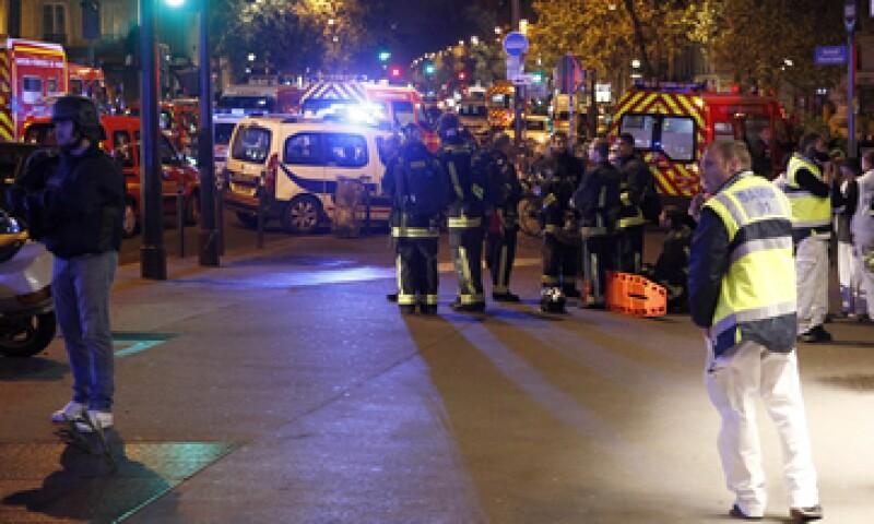 Los ataques de París dejaron un saldo de 130 muertos y cientos de heridos. (Foto: Getty Images)