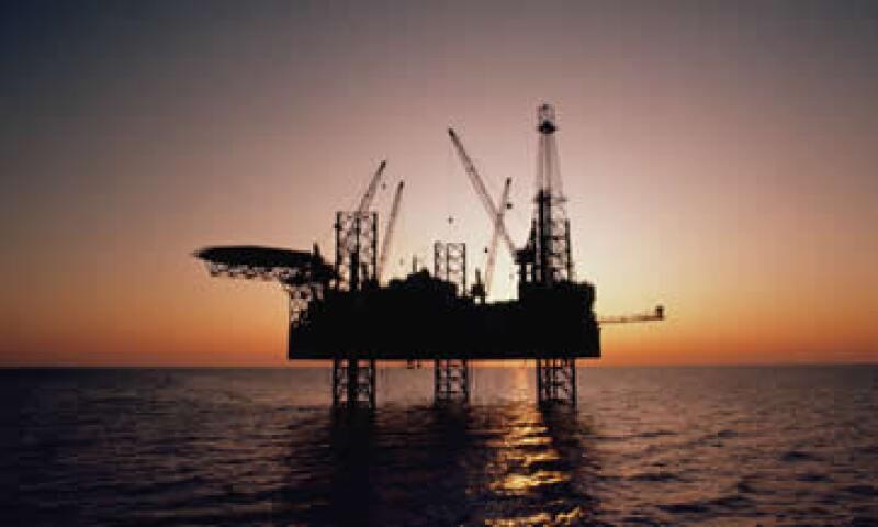 El petróleo operó entre los 92.88 y los 95.10 dólares. (Foto: Photos to go)