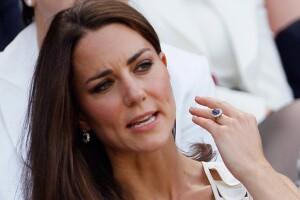 La Duquesa de Cambridge sigue usando el anillo de compromiso que perteneció a la fallecida Lady Di.