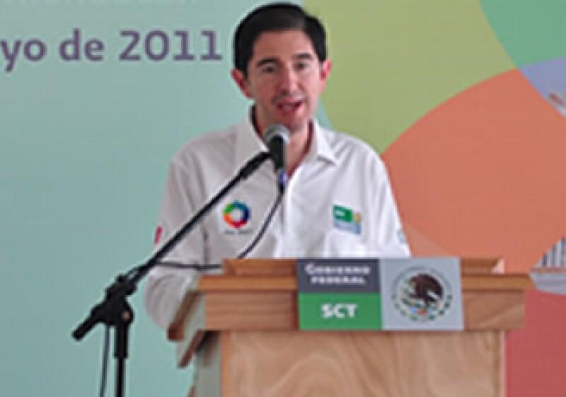 Pérez-Jácome dijo que Telmex debe cumplir con el Acuerdo de Convergencia para cambiar su título de concesión. (Foto: Notimex)