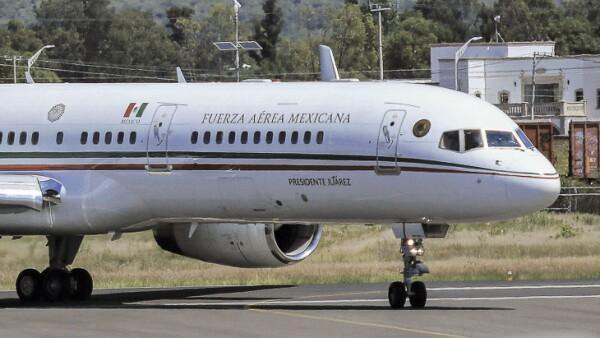 """El gobierno federal anuncia que busca rematar en 130 millones de dólares el avión presidencial """"José María Morelos y Pavón"""""""