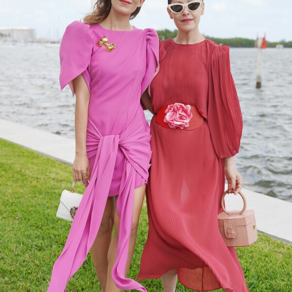 Gabriela Medina & Angeles Almuna_outfitsORAQUELOROZCO.jpg