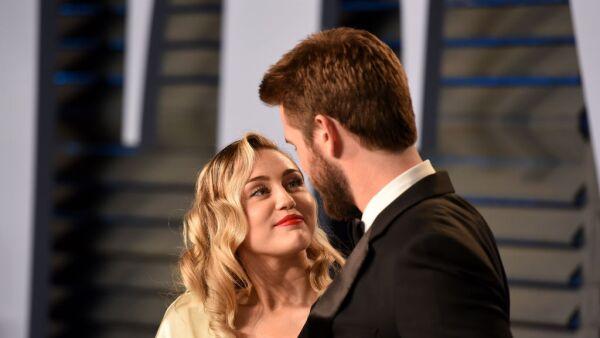La pareja hace oficial su unión después de ocho años de relación.