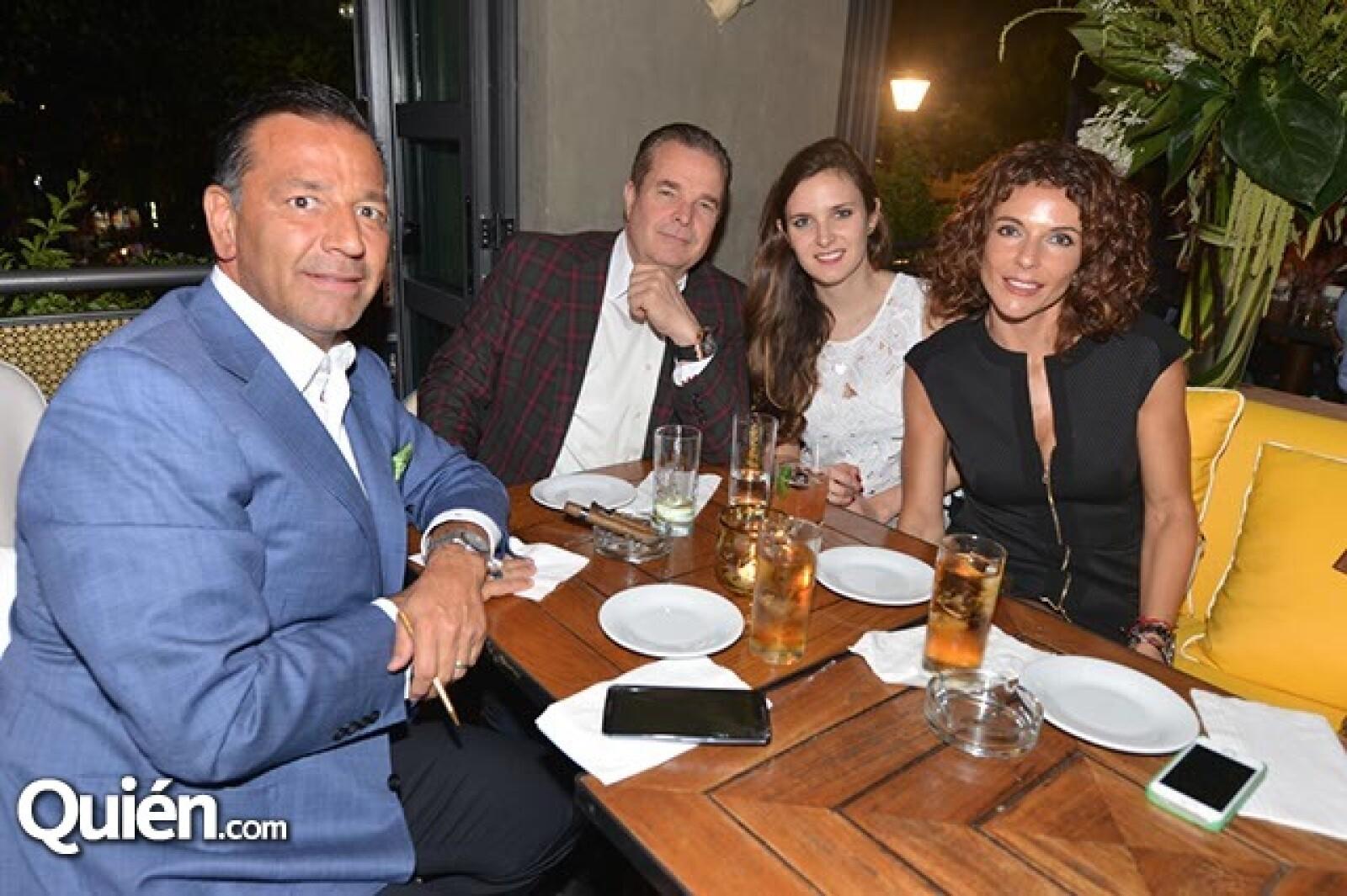 Salvador,Maurice,Dominique y Alejandra Gendreau.