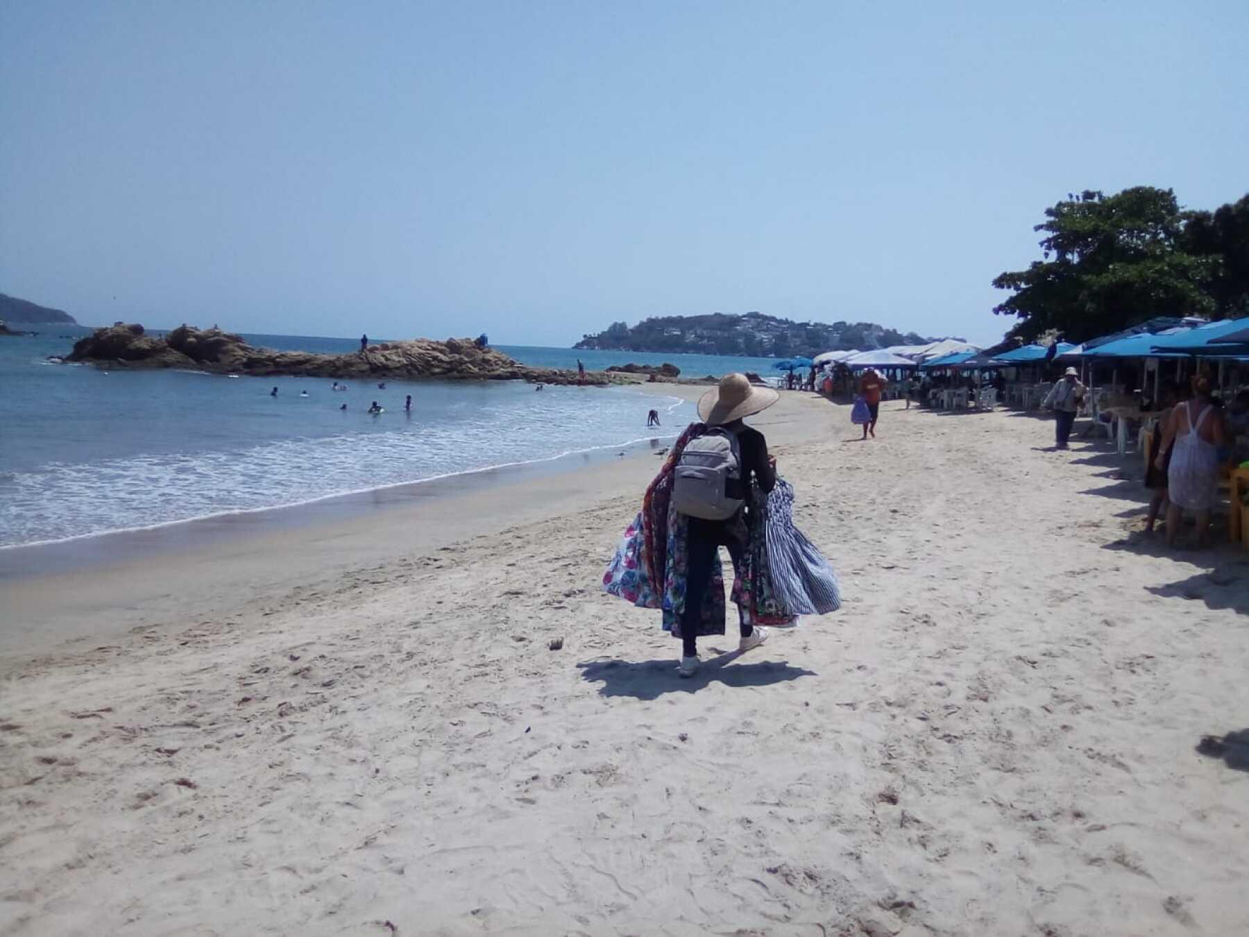Acapulco-playa-5.jpg