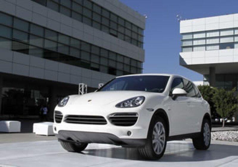 La SUV está disponible desde este mes en los concesionarios de Porsche en el país. (Foto: Autocosmos.com)