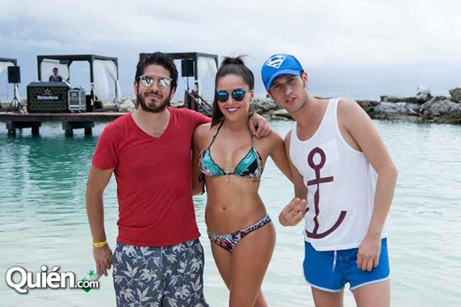 Carlos Trillo,Gabriela Ruíz y Kike Rieche