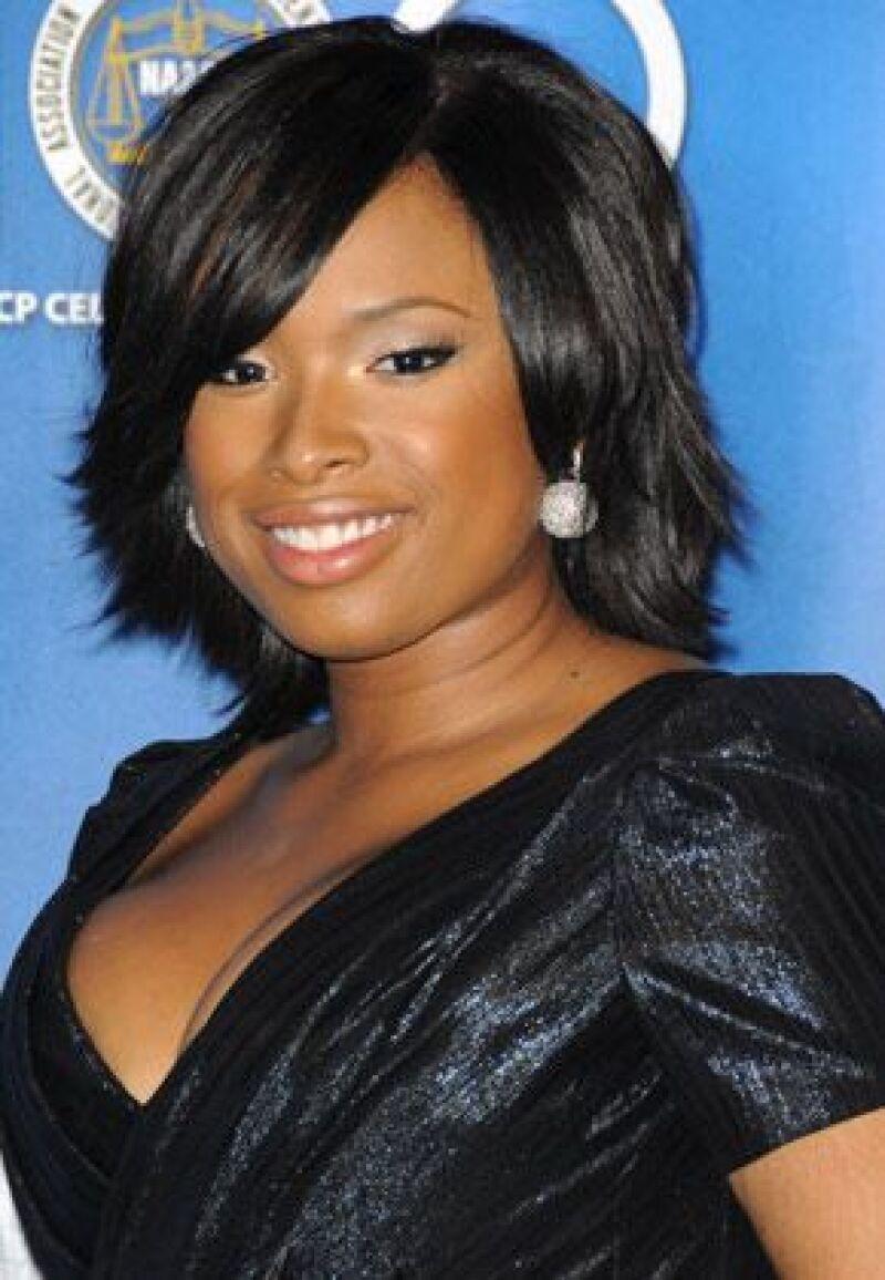 La cantante trabaja en su próximo material, alejada de los ritmos R&B y pop, ahora busca un sonido espiritual.
