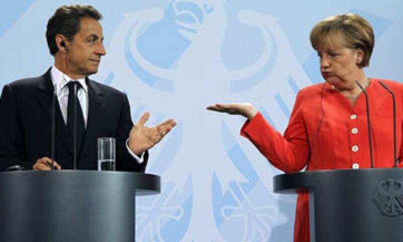 Sarkozy y Merkel fueron separados por el electorado francés, que votó en contra de las medidas de austeridad en la eurozona. (Foto: Reuters)