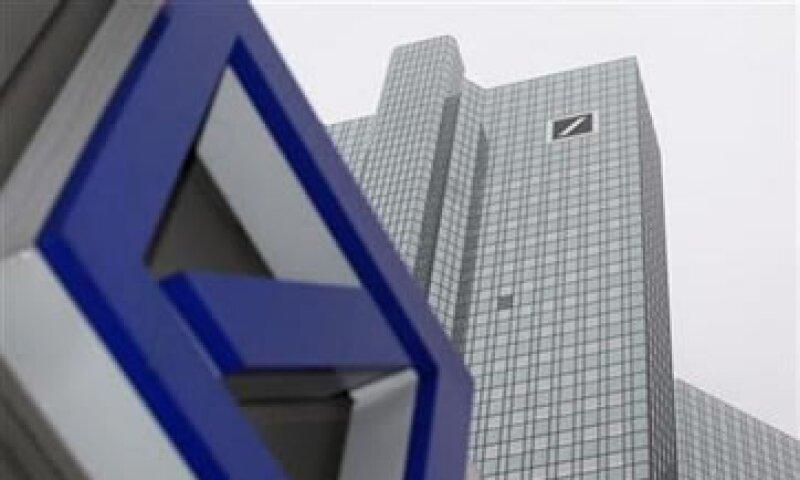 Analistas prevén que el banco reporte una ganancia antes de impuestos de 7,720 mde para 2011. (Foto: Reuters)