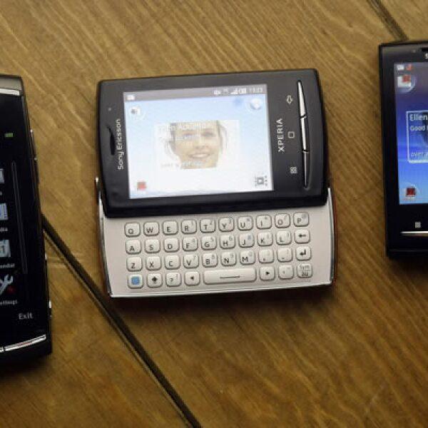 La fabricante de aparatos telefónicos, Sony Ericcsson, mostró algunos de sus celulares multitareas con capacidad de gestión de audio, video y voz. En México, se empezarán a vender 3 nuevos modelos a finales del mes de febrero.