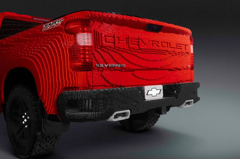 LEGO-Silverado-02.jpg