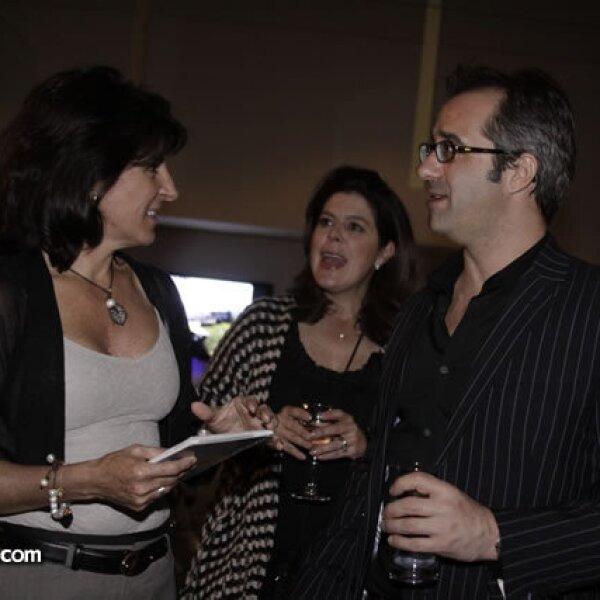 Alejandra Quiroz, Paola Zorrilla y Andy Levine