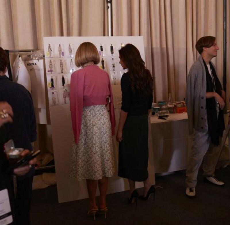 David Beckham y sus cuatro hijos enviaron una tarjeta a Victoria para expresar el orgullo que sienten por ella mientras se encuentra trabajando en New York Fashion Week.