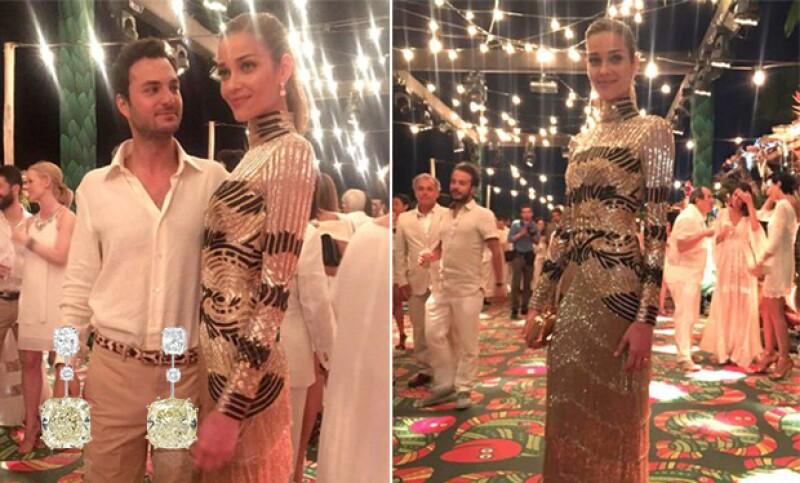 La modelo usó joyerñia de Chopard, tanto en su boda, como en la fiesta del día anterior.