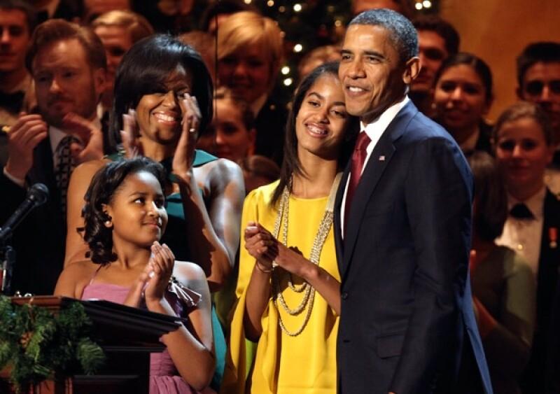 Durante la 30 edición del Concierto Anual de Navidad en Washington, Sasha y Malia, cumplieron su sueño de conocer a Justin Bieber.