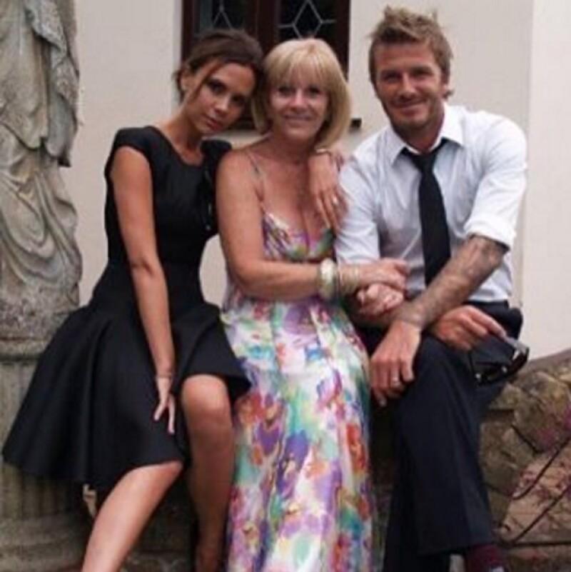 Esta fue la otra instantánea con la que Victoria felicitó a su mamá, Jackie Adams.