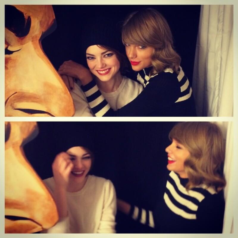 Ni Selena Gomez ni Lorde, ahora la cantante se muestra devota a la pelirroja actriz, a quien acudió a apoyar anoche al montaje que protagoniza en Broadway.