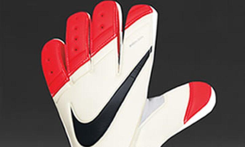 Los guantes tienen un costo aproximado de 130 dólares, cerca de 1,700 pesos. (Foto: Nike)