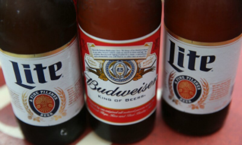 La fusión reuniría a las marcas de cerveza más importantes del mundo.  (Foto: Getty Images/ Archivo)