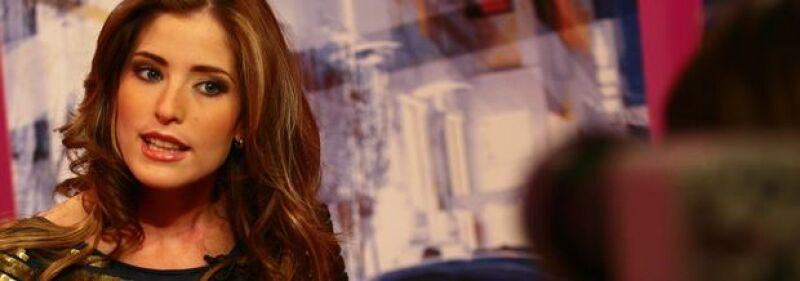 María Inésse define como una persona muy constante, perfeccionista, noble, amorosa, hogareña y romántica.