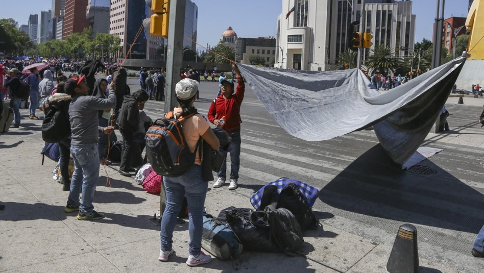 plantón CNTE Reforma 4