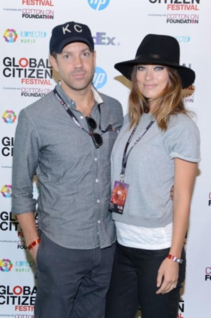 La actriz de 29 años y su pareja Jason Sudeikis se convertirán en padres próximamente, según informó su representante.