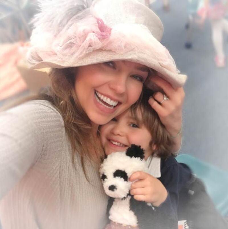 Thalía no pudo evitar compartir su emoción por la sorpresa de su hijo Matthew.