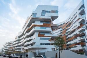 CityLife (2004-14) por Zaha Hadid Architects en Milán, Italia