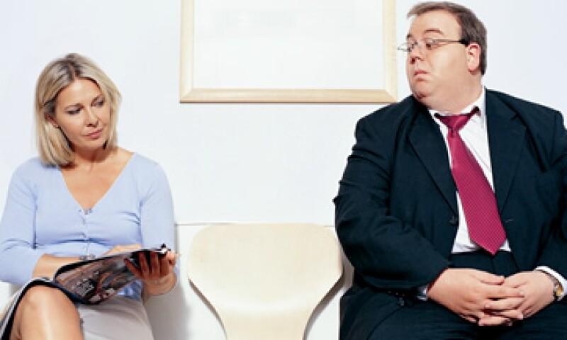 La gente con sobrepeso tiene dos veces más posibilidades de ganar un sueldo bajo, según Slimming World. (Foto: ThinkStock)