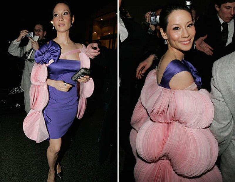 Lucy Liu en Valentino.