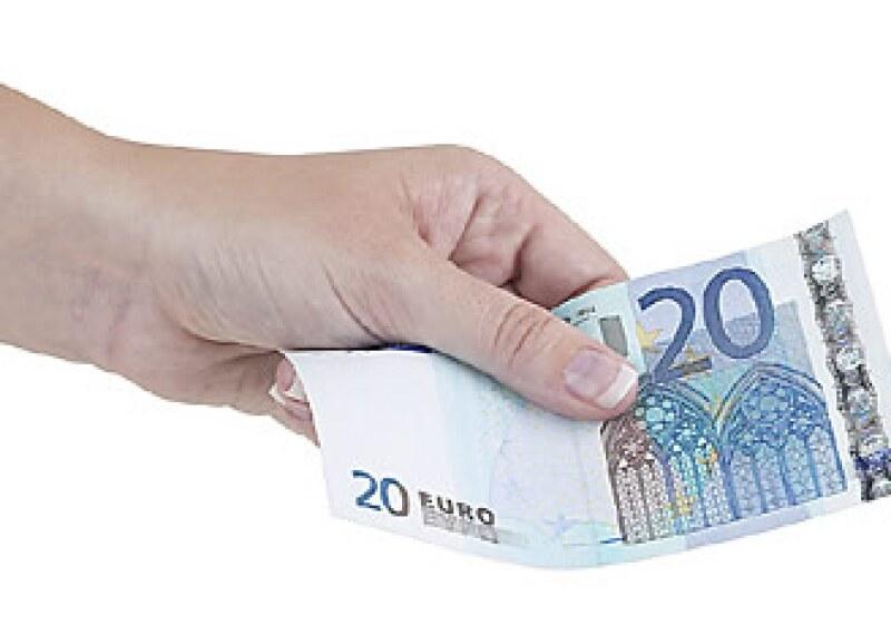 Los billetes de 20 euros son los preferidos por los falsificadores en Europa. (Foto: Jupiter Images)