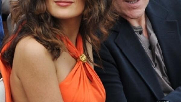 Todo parece indicar que el esposo de la actriz y productora mexicana Salma Hayek, es padre del hijo de la modelo canadiense Linda Evangelista.