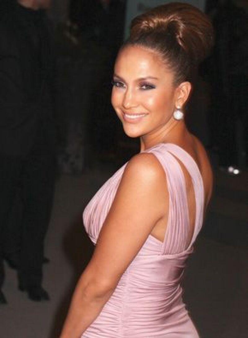 La residencia de estilo francés de la cantante se ofrece en 8 millones y medio de dólares.