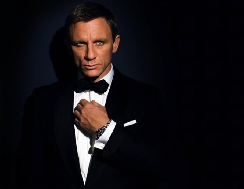 El actor que aún tiene dos películas más de la franquicia por filmar cuenta los cheques que recibe en 38 millones de euros. Más de 20 millones más que sus predecesores.