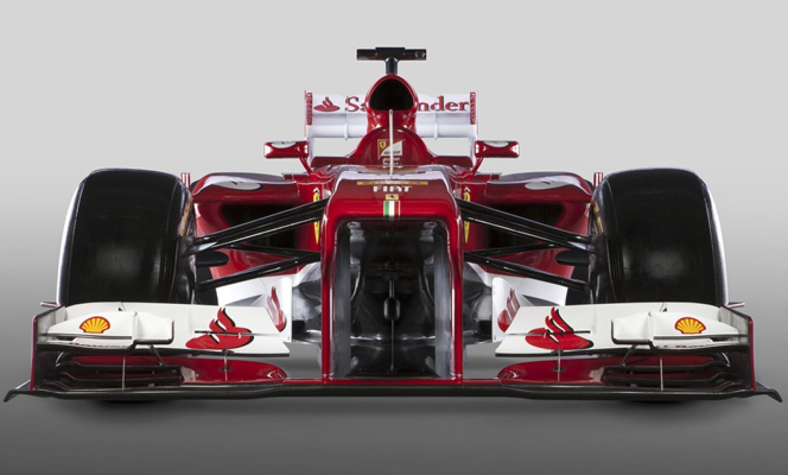 El vehículo tiene una nariz abierta y un chasis ligeramente distinto al F2012 del año pasado. Esta será la versión 59 del monoplaza Ferrari.