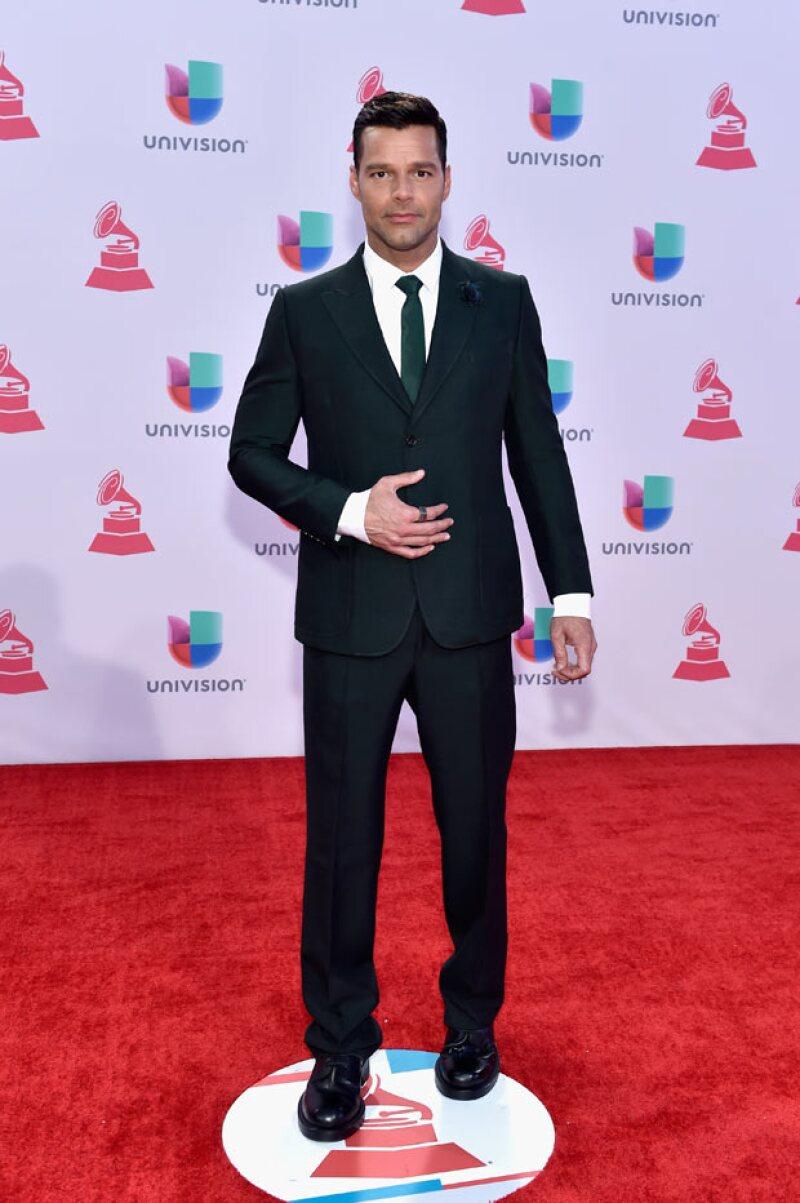 Ricky Martin escribió un tuit en el que decía que Nicholas Ferroni era su profesor crush.
